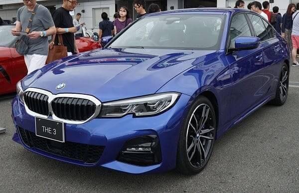 BMWの新古車を選ぶメリット・デメリット