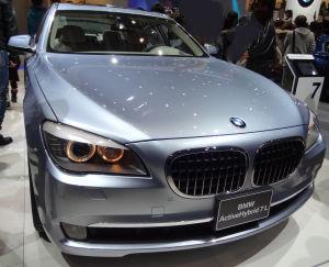 BMWアクティブハイブリッド7L(F04)