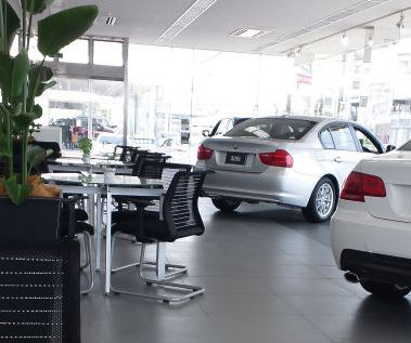 BMWディーラーでの値引き交渉